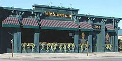 Gale Street Inn - Chicago's Best Ribs, Steak and Seafood since 1963.